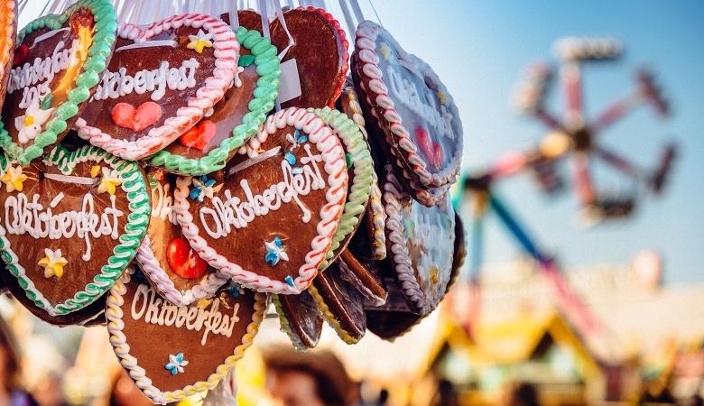 Lebkuchenherzen auf dem Oktoberfest München